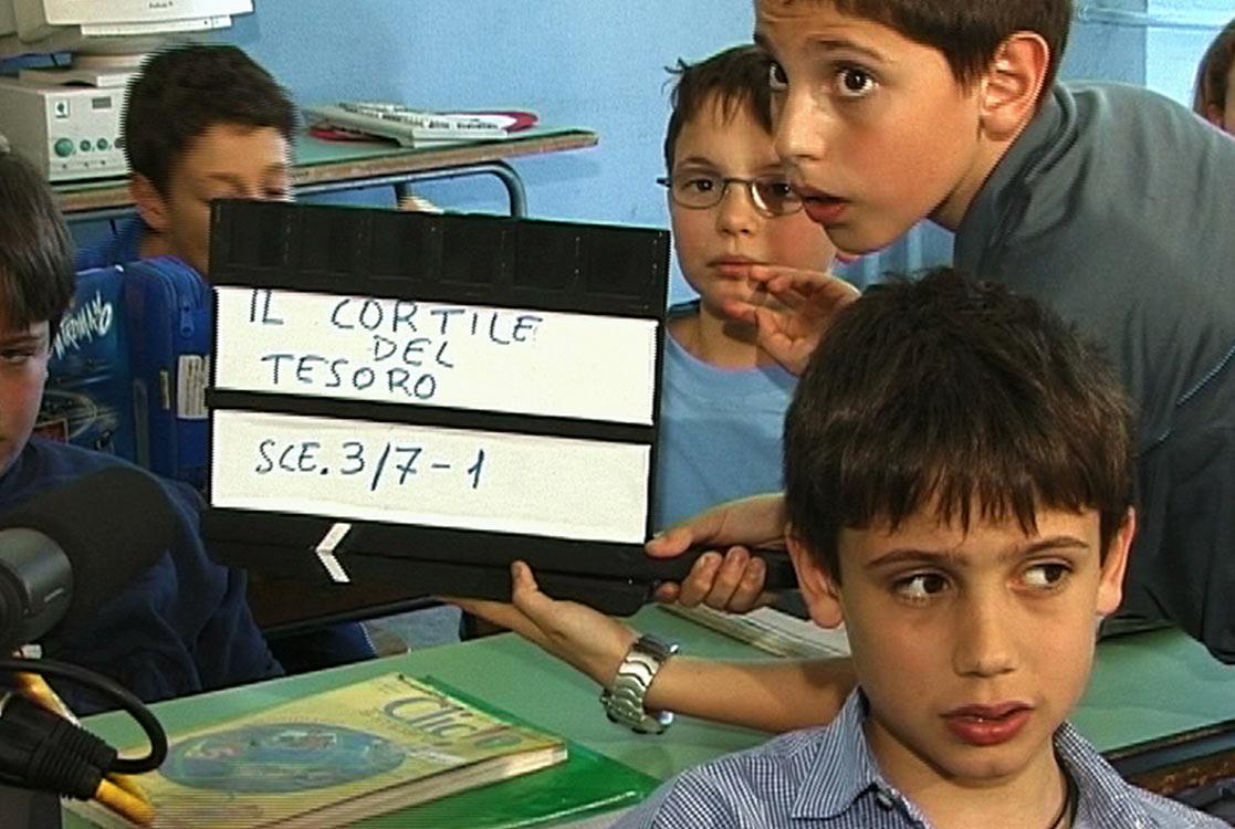 2002 OGNI 300 ANNI mediometraggio